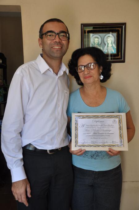 Entrega diploma Ana Maria (2)
